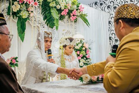Yang Penting Kaya menikah itu tidak harus menunggu kaya yang penting mau