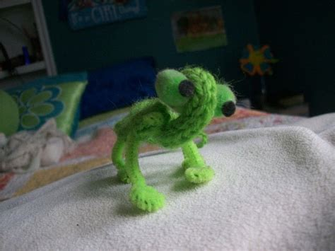 spool knit animals spool knit lizard 183 how to make a reptile plushie
