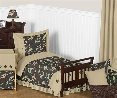 Camo Toddler Bedding by Green Camouflage Toddler Bedding Set By Sweet Jojo Designs