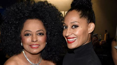 tracee ellis ross chef tracee ellis ross joins mom diana ross on stage for