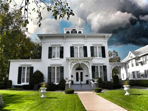 italianate house the picturesque style italianate architecture the