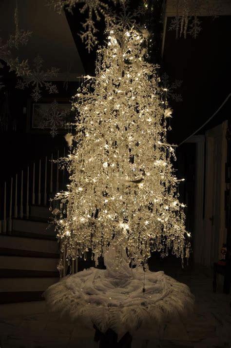 Decorated White Trees by De 109 B 228 Sta X Bilderna P 229