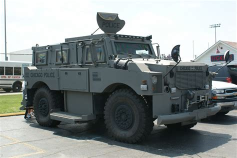 swat vehicles swat trucks www imgkid com the image kid has it
