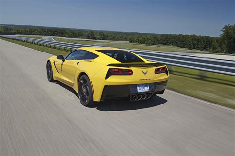2014 chevrolet corvette stingray everything there is to 2014 chevrolet corvette stingray z51 photo gallery autoblog