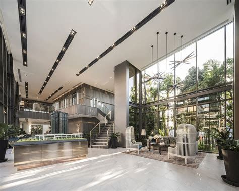 Contemporary Foyer Chandelier Best 25 Office Lobby Ideas On Pinterest Office