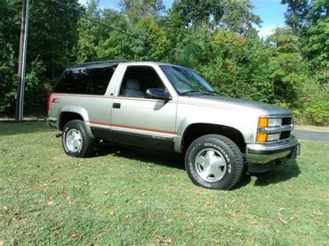 auto air conditioning service 1999 chevrolet tahoe transmission control sell used 1999 chevy tahoe ls 2 door blazer 4x4 really nice loaded and no reserve in