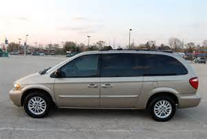 07 Chrysler Town And Country 2004 Chrysler Town Country Touring Minivan