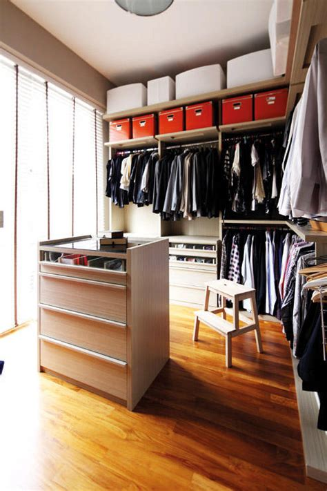 Closet Full Clothing by How To Design The Perfect Walk In Wardrobe Home Amp Decor