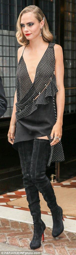 dedign dan cara menjahit mini back dress cara delevingne in plunging studded mini dress at suicide