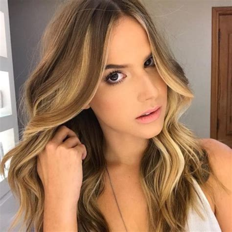 2015 center part side part women s long wavy hair with center parted side swept bangs