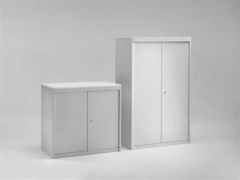 produzione armadi metallici arredare una biblioteca con mobili metallici emme italia