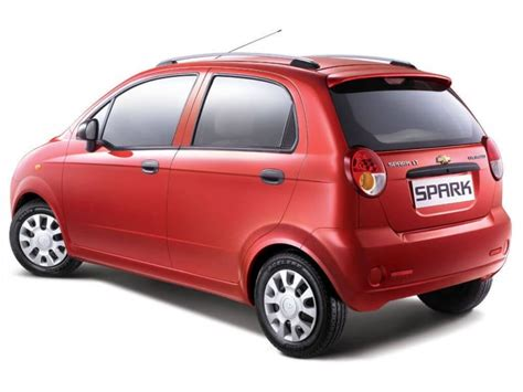 chevrolet spark ls review chevrolet spark ls 1 0 bs4 obdii price specifications