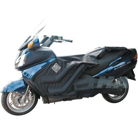 Suzuki Burgman 650 Executive Accessories καλυμμα ποδιων για Suzuki Burgman 650 Exec 2002 10