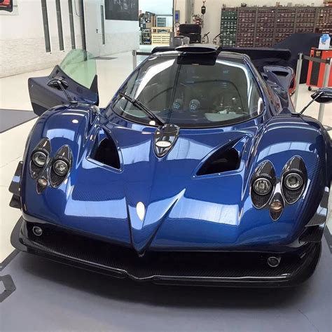 blue pagani zonda one off pagani zonda 760 md has blue carbon body