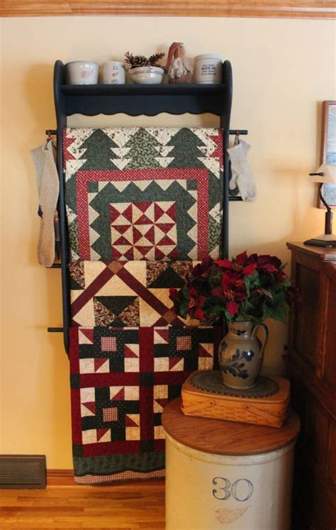 Quilt Display Racks by 25 Best Ideas About Quilt Racks On Quilt