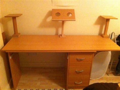 dj desk for sale dj desk 15 laptop stand 2 x studio speaker monitor stand