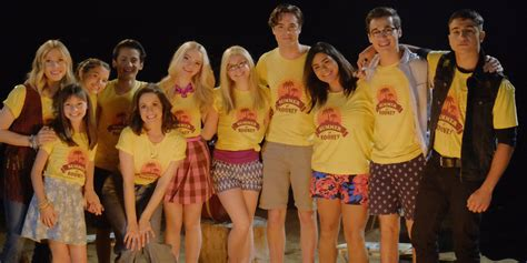 liv and maddie california style liv maddie cast write touching goodbyes for series