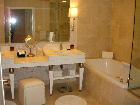 wynn las vegas bathroom bathroom picture of wynn las vegas las vegas tripadvisor