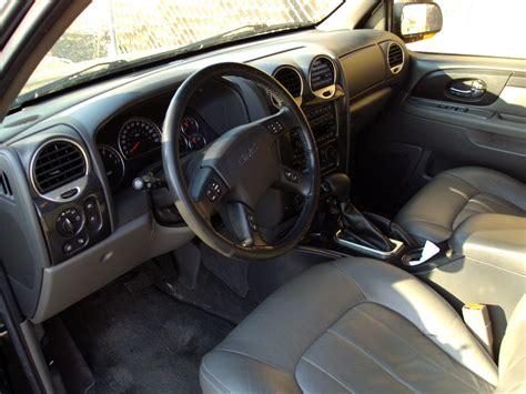 how cars engines work 2004 gmc envoy interior lighting 2004 gmc envoy xuv interior pictures cargurus