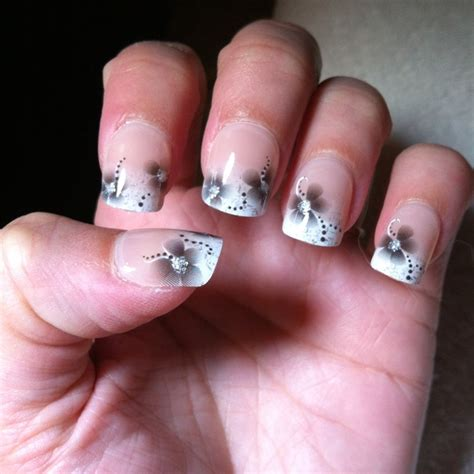 best stick on nails 46 best images about wedding nails on pinterest nail art