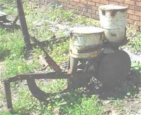 Cole Planter For Sale by Used Farm Tractors For Sale 1 Row Cole Planter 2005 03