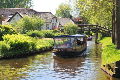 giethoorn canal cruise 1 hour venice of holland - Boat Tour Giethoorn