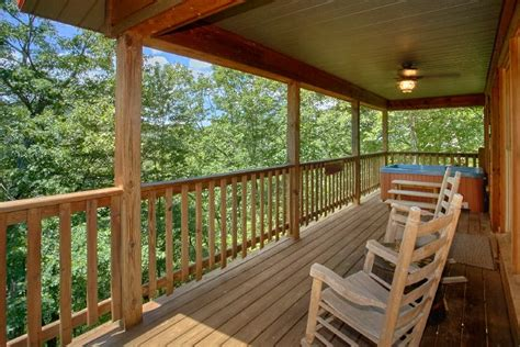 pigeon forge tennessee usa smoky mountain view 1 1 bedroom cabin near pigeon forge and gatlinburg smoky