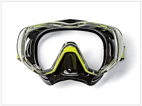 Tusa Mask Freedom Tri Quest 1 best scuba diving masks sport diver