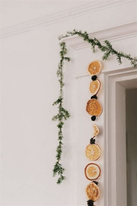 how to make a dried fruit garland eco friendly
