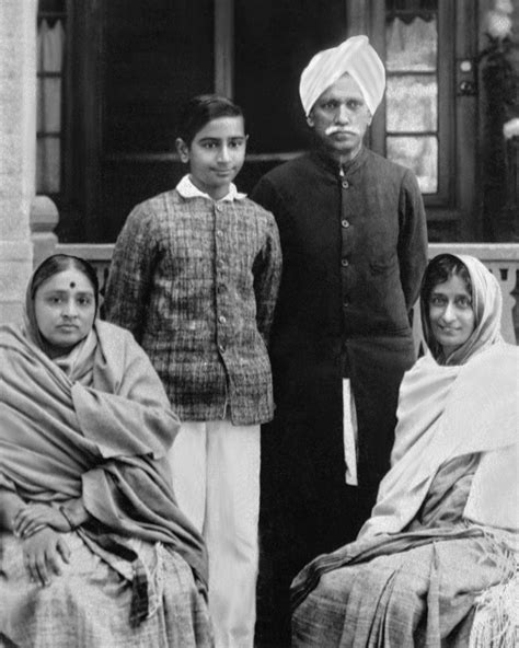 gandhi biography family mahatma gandhi wife and children www pixshark com