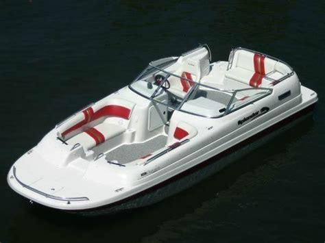 splendor 240 platinum catamaran deck boat power catamaran in board deck boat 240 platinum 7
