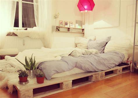 Kopfteil Palettenbett by Zimmer Dekoration Tipps Einer Blogleserin Mydays Magazin