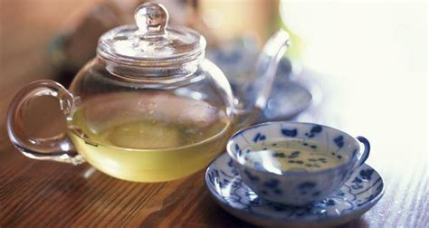 How Much Green Tea Should I Drink To Detox by How Many Cups Of Green Tea Should You Drink In A Day To