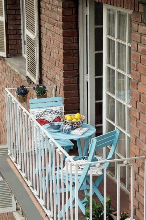 balkonmöbel für kleinen balkon idee holz balkon