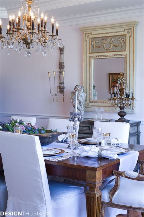 setting a dining table to reflect your country style