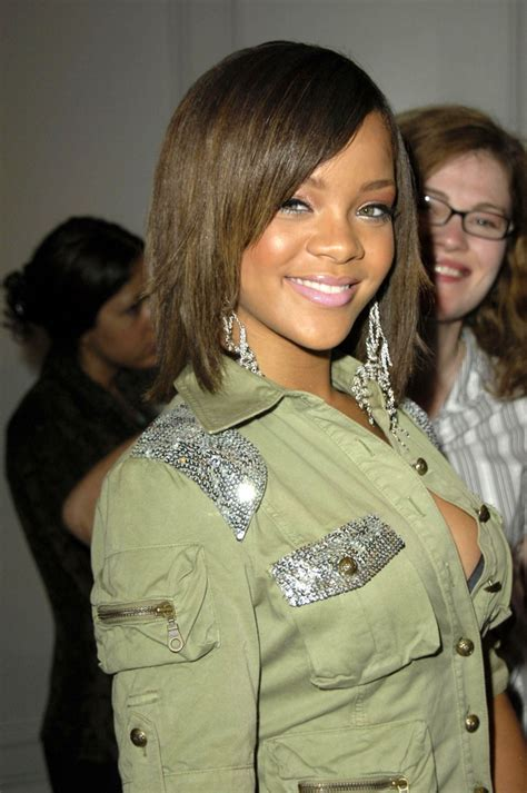 Rihanna Hairstyles: Photos of Rihanna's Best Hair Moments