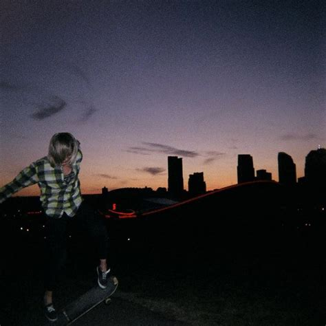90s Garage Songs by 4 Free 90s Alternative Garage Radio Stations