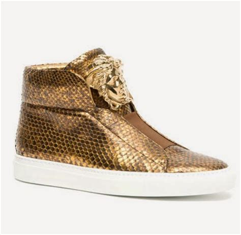 Sepatu Sneaker Vercase all about fashion eccentric shown with 5 variations shoes from versace