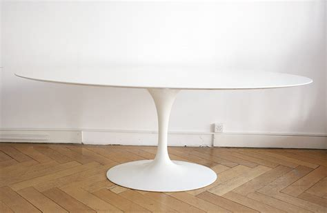 Dining Table Light by Saarinen Table Tulipe Ovale Marbre Knoll Lausanne