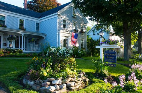 camden maine bed and breakfast lodging camden snow bowl