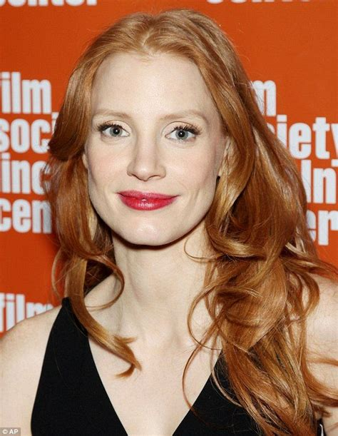 english actress with red hair jessica chastain continues her best actress caign in