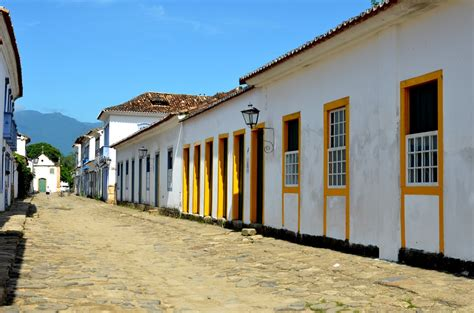 buy house in portugal property in portugal could it be the right time to buy movingtoportugal