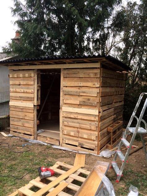amazing constructions  pallets pallet ideas pallet