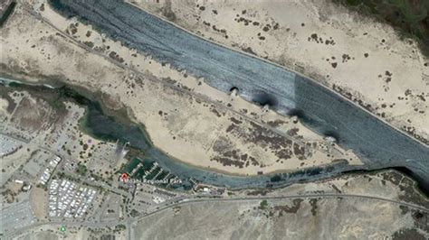 boat crash update colorado river 3 people missing in colorado river boat crash 9 injured