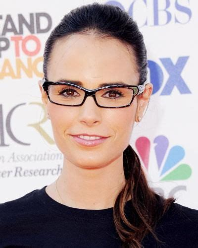 goggle over 50 haircuts 25 best ideas about celebrity glasses on pinterest emma