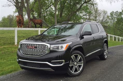 gmc adacia gmc acadia reviews research new used models motor trend