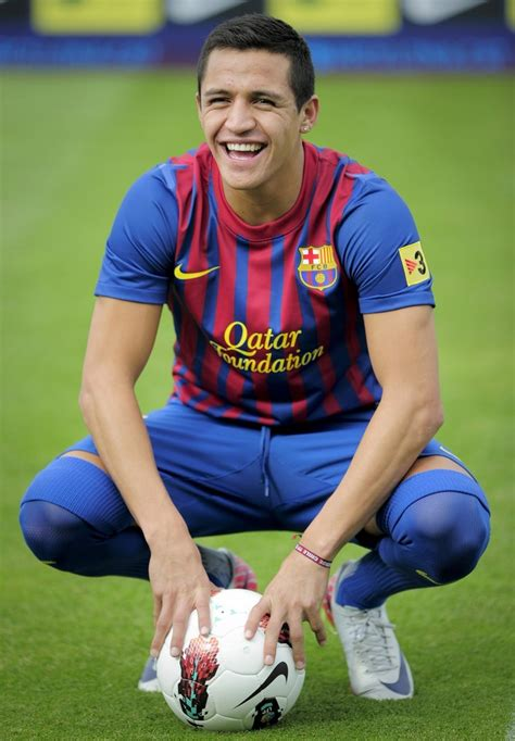 alexis sanchez to barcelona alexis sanchez profile and images football stars wallpapers