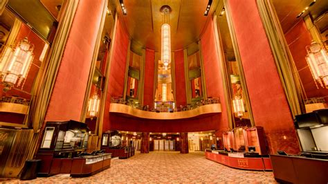 radio city  hall history official site