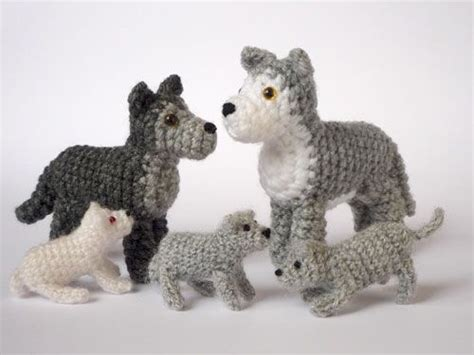 crochet pattern amigurumi wolf wolf family by lunascrafts on deviantart crochet knit