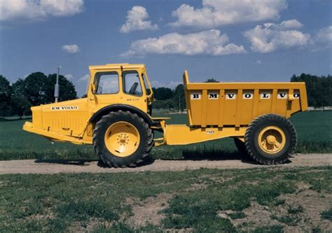 volvo ce marks  years  articulated hauler history  commemorating